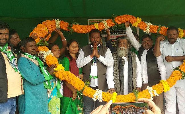 कुचाई : शिबू सोरेन ने दशरथ गागराई के पक्ष में की चुनावी सभा, कहा- झामुमो ही कर सकता है राज्य का विकास