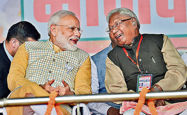 झारखंड विधानसभा चुनाव 2019 : कड़िया मुंडा को पीएम मोदी ने बताया गुरु, कहा- अंगुली पकड़ कर संगठन शास्त्र सीखा