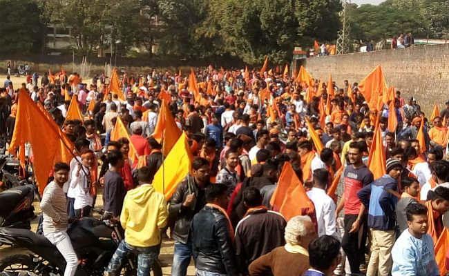 गीता जयंती पर विहिप-बजरंग दल की बाइक रैली, रामराज फिर आयेगा, घर-घर भगवा छायेगा… से गूंजा गुमला