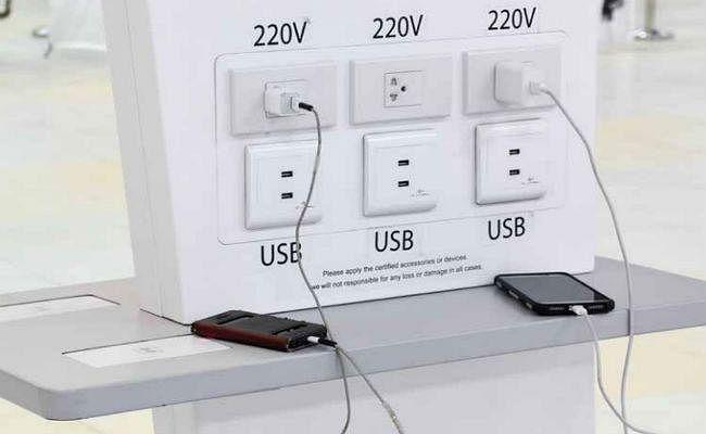 ALERT: यहां फोन न करें चार्ज, 1 मिनट में हो सकते हैं कंगाल