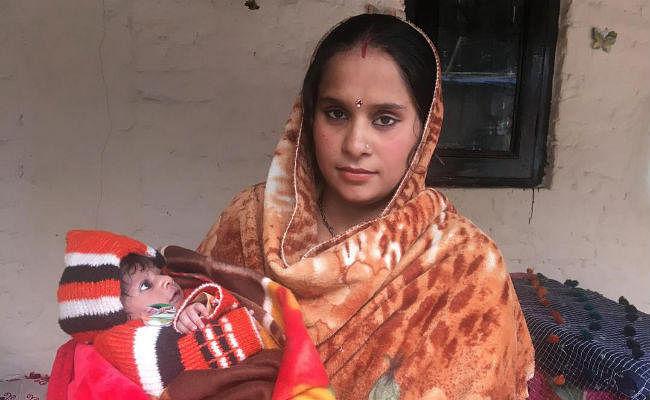 #CitizenshipBill2019: पाकिस्तानी हिंदू शरणार्थी महिला ने दो दिन की बेटी का नाम रखा ''नागरिकता''