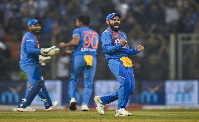 भारत और वेस्टइंडीज की टीमें पहले वनडे के लिये चेन्नई पहुंची