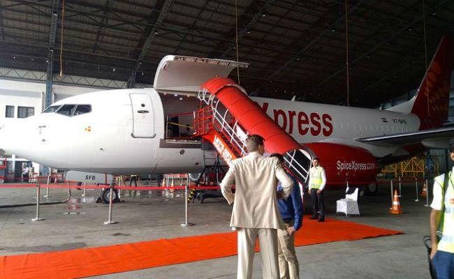 Spicejet ने बोइंग 737 के तीन कार्गो एयरक्राफ्ट को उड़ान सेवाओं से किया Out