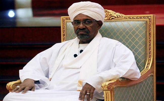 सूडान के पूर्व राष्ट्रपति भ्रष्टाचार के मामले में दोषी करार, दो साल की सजा