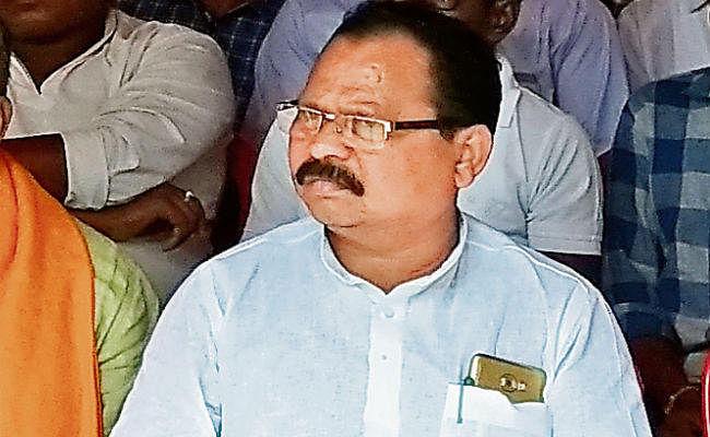 झारखंड विधानसभा चुनाव 2019 : हिंदू धर्म का हेमंत सोरेन ने अपमान किया, प्रियंका ने नहीं रोका : भाजपा