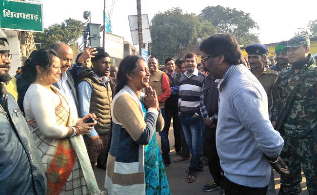 झारखंड विधानसभा चुनाव के पांचवें और अंतिम चरण में संथाल परगना की 16 सीटों पर 70.87 फीसदी मतदान