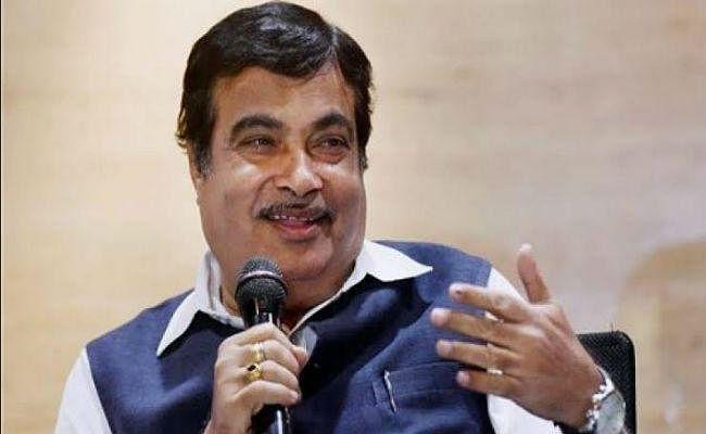 सड़क परिवहन मंत्री नितिन गडकरी ने कहा, भारत में ड्राइवरलेस कारों को नहीं देंगे अनुमति