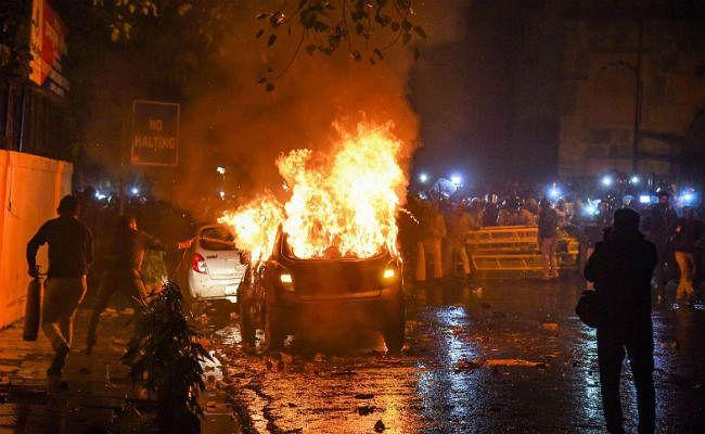 CAA विरोध : दरियागंज हिंसा में गिरफ्तार 15 लोग दो दिन की न्यायिक हिरासत में भेजे गये