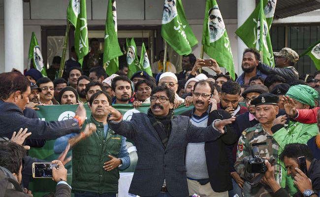 झारखंड के चुनाव परिणाम को ममता ने CAA से जोड़ा, कहा- विरोध के बीच जनता को हेमंत पर भरोसा