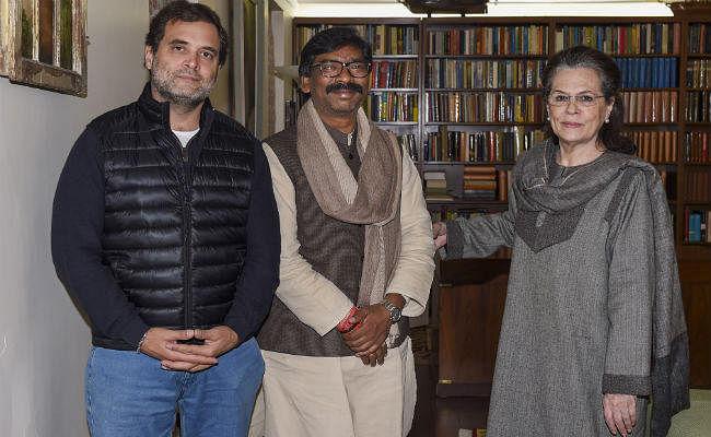 हेमंत ने शपथ ग्रहण समारोह में शामिल होने के लिए सोनिया और राहुल को किया आमंत्रित