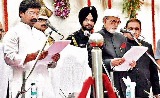 19 साल में 11वीं सरकार, दूसरी बार हेमंत को मुख्यमंत्री का ताज