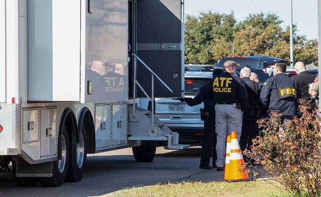 अमेरिका : गिरजाघर में गोलीबारी में दो लोगों की मौत, हमलावर भी मारा गया