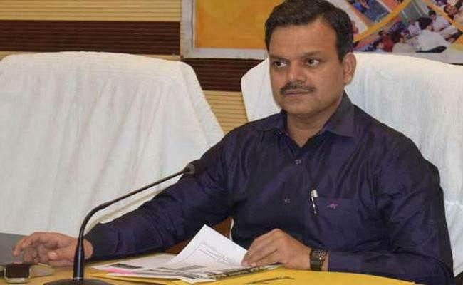 रांची : मुख्यमंत्री के सचिव पद से सुनील कुमार बर्णवाल का हुआ तबादला