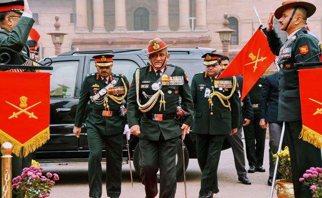 निवर्तमान थल सेना प्रमुख जनरल रावत को दी गई विदाई, किया सबका शुक्रिया
