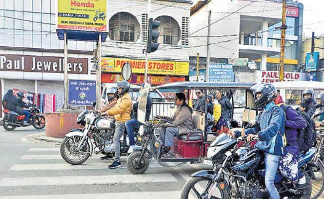 ई-चालान भेजने के लिए परिवहन और डाक विभाग में करार, 5228 ई-चालान भेजने में 26,000 रुपये से ज्यादा खर्च, जुर्माना मात्र 8900