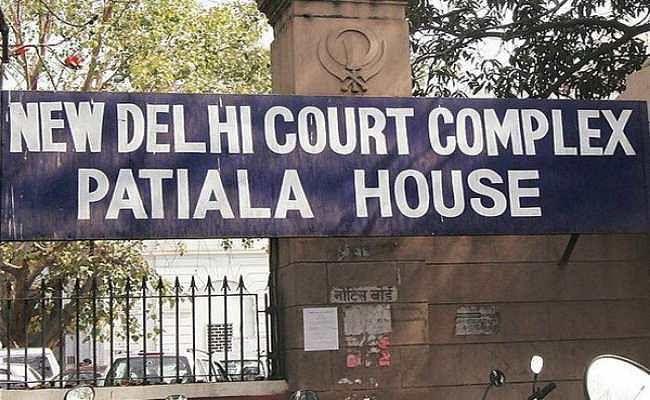 जेएनयू देशद्रोह मामला : दिल्ली पुलिस ने दी जानकारी, मुकदमा चलाने के लिए नहीं मिली आवश्यक मंजूरी
