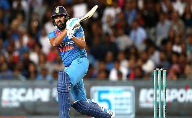 NZvsIND 3rd T20 LIVE : रोमांचक मैच में भारत 4 रन से हारा, IND 209/6 (20 Ovs)