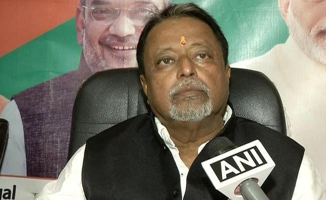 बंगाल में तृणमूल विधायक की हत्या मामले में भाजपा नेता मुकुल राय समेत चार पर केस दर्ज
