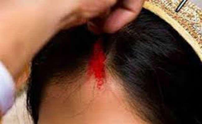 देवघर :  एमए की छात्रा को अगवा कर मांग में डाला सिंदूर,  पीड़िता ने दर्ज करायी एफआइआर