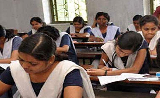 झारखंड में कक्षा 9 -12वीं तक का संशोधित सिलेबस जारी, सिलेबस में इतने प्रतिशत की हुई कटौती