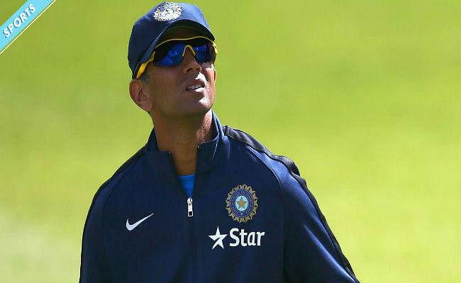 द्रविड़ का असर : जूनियर टीम के लिए पुराने खिलाड़ियों की सेवायें लेना चाहता है पीसीबी