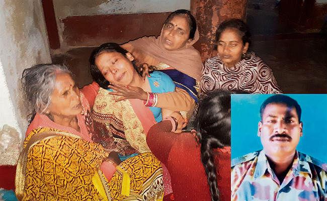 पुलवामा फिदायीन हमला : 15 दिनों के बाद बेटी के लिए लड़का देखने घर आने वाले थे मसौढ़ी के हवलदार संजय सिंह