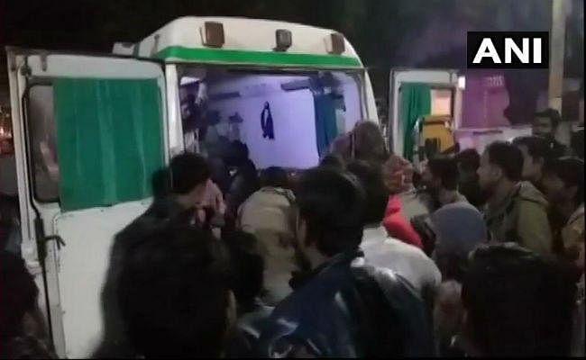 जुलूस में घुसा अनियंत्रित ट्रक, कईयों को रौंदा, नौ की मौत