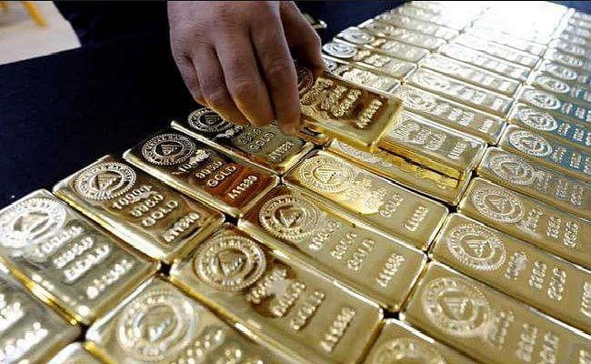 भुवनेश्वर में हवाई अड्डे पर यात्री से 10 लाख रुपये मूल्य का सोना जब्त