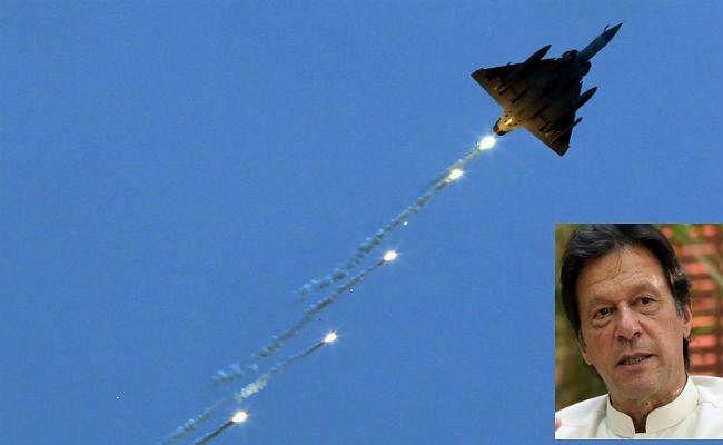 Air Strike के बाद कटघरे में इमरान खान, पाकिस्तानी मीडिया ने अपनी ही सरकार पर दागे सवाल