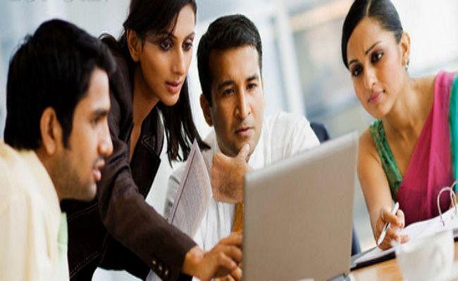 UN Report: नौकरी में पुरुषों के मुकाबले महिलाएं अब भी पीछे