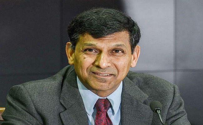 रिजर्व बैंक के पूर्व गवर्नर रघुराम राजन ने कहा, समाज में संभावित विद्रोह से खतरे में है पूंजीवाद