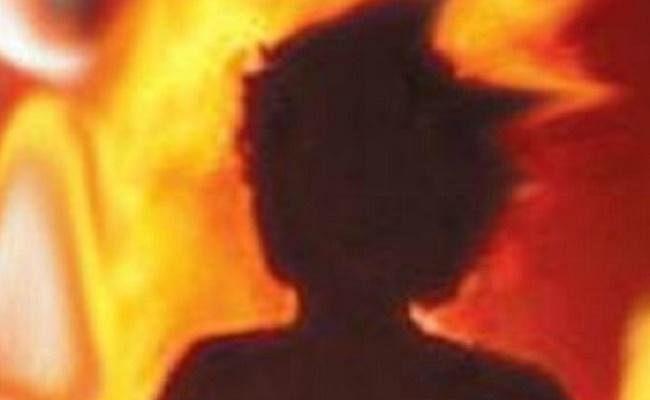 डेयरी में मावा बनाते समय बॉयलर फटा, एक बच्ची की मौत,10 बच्चों समेत 18 घायल