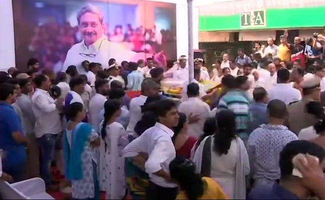 गोवा के CM पर्रिकर के अंतिम संस्कार के पहले कांग्रेस का सरकार बनाने का दावा ठोंकने पर भाजपा ने बोला हमला, कहा...