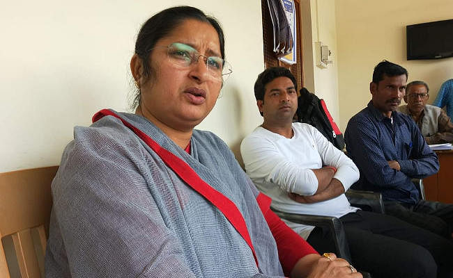 मुंबई में फंसे प्रवासी मजदूरों की मदद में जुटी हैं सांसद अन्नपूर्णा देवी
