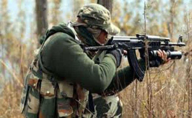 जम्मू-कश्मीर के बारामूला में हुई मुठभेड़ में दो आतंकवादी ढेर, अधिकारी समेत तीन सैन्यकर्मी भी घायल