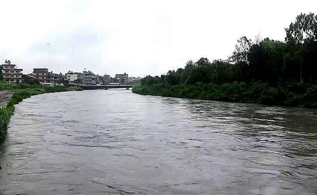 बिहार में प्रचुर मात्रा में पानी, लेकिन जल संरक्षण के प्रति जागरूकता की कमी से हो रहा नुकसान