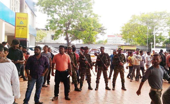 बागडोगरा एयरपोर्ट पुलिस छावनी में तब्दील, बिमल गुरुंग को गिरफ्तार करने पहुंची दार्जीलिंग पुलिस