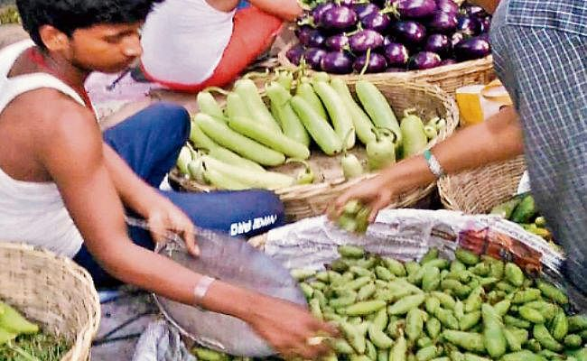 पटना : 10 दिनों में 50% तक सस्ती हुईं हरी सब्जियां