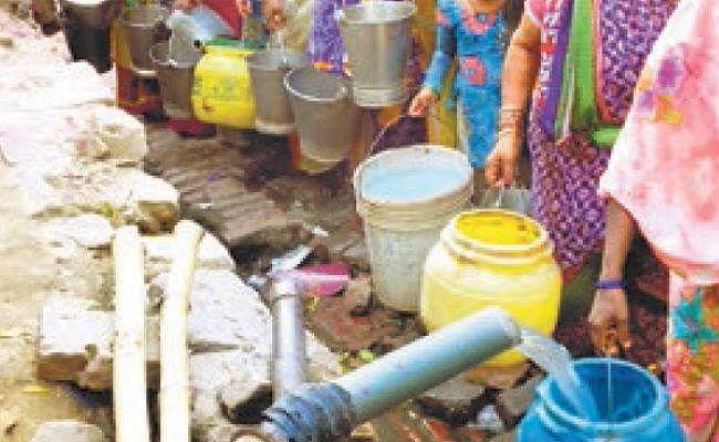 पटना : राजधानी में जमीन के अंदर सूख रहा पानी का खजाना, कम बारिश के कारण रिचार्ज नहीं हो रहा भू-जल स्तर