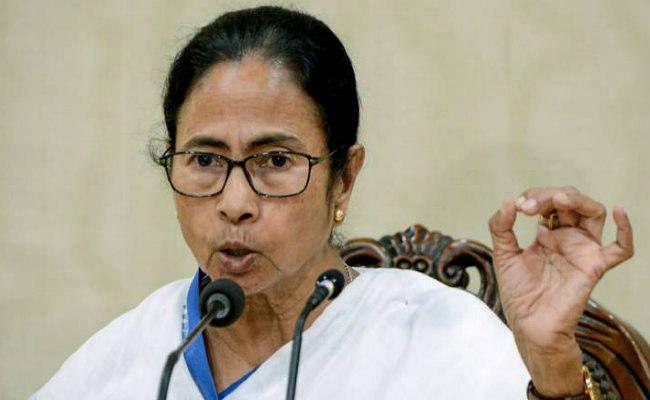 तृणमूल कांग्रेस ने आयोग से कहा : केंद्रीय बलों ने पश्चिम बंगाल में ''आतंक का माहौल'' पैदा किया