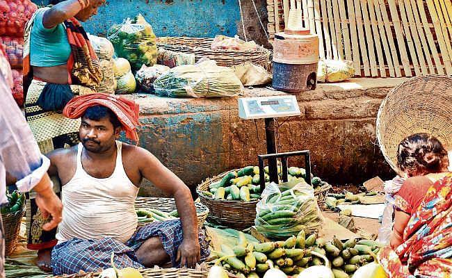 पटना : आवक कम होने का असर, 10 रुपये प्रति किलो तक बढ़े हरी सब्जियों के दाम
