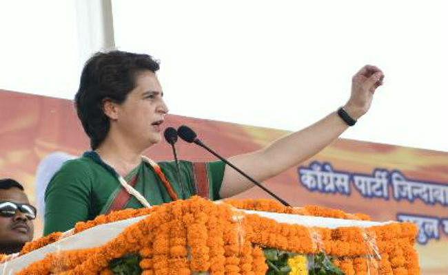 जब चुनाव प्रचार के दौरान मेनका के सामने पहुंची प्रियंका गांधी फिर...