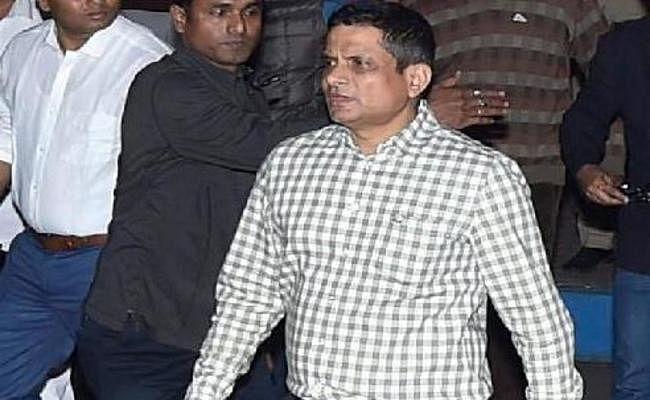 सारधा घोटाला : SC ने कोलकाता के पूर्व पुलिस कमिश्नर की गिरफ्तारी से रोक हटायी