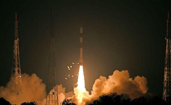 #RISAT2B इसरो ने रचा इतिहास: आतंकियों पर अब होगी भारत की पैनी नजर, एयर स्ट्राइक की ली जा सकेगी तस्वीर