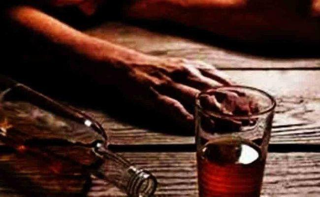 बेतिया के 16 मृतकों में 12 के परिजनों ने जहरीली शराब से मौत का किया दावा, संदिग्ध मौत मामले में आया नया मोड़