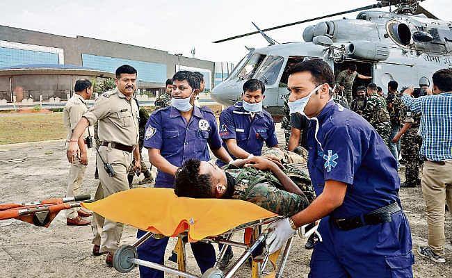 जवानों के पैर में तार फंसने से हुआ विस्फोट, दो घंटे में घायलों को एयरलिफ्ट कर रांची लाया गया