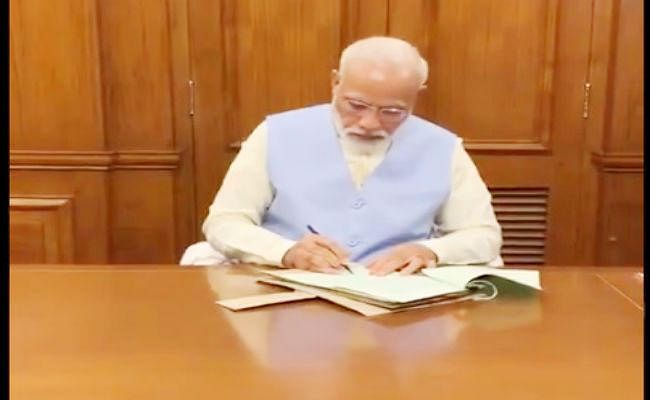 प्रधानमंत्री ने वीरू देवगन के निधन पर शोक जताया, परिवार को लिखा पत्र