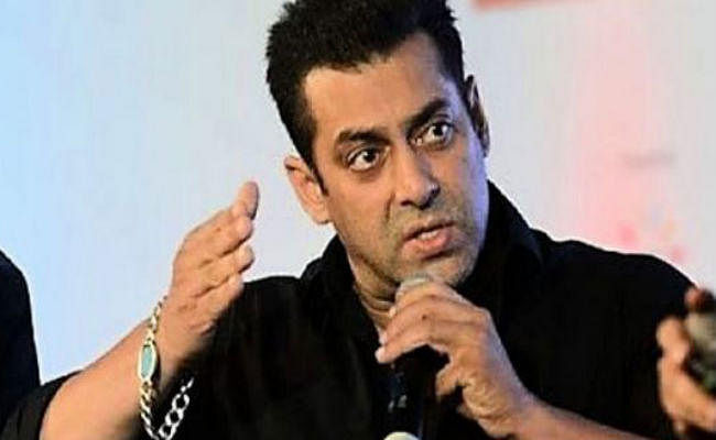 Bharat एक्टर सलमान खान ने सुरक्षा गार्ड को मारा थप्पड़, Video Viral