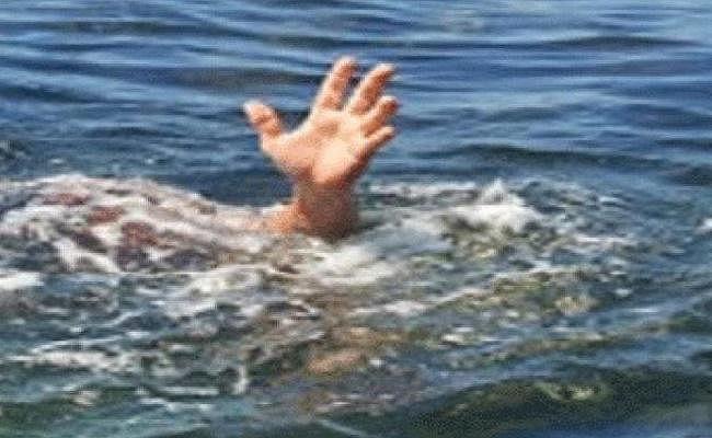 गया में डूबने से तीन छात्रों की मौत, ट्यूशन से लौटने के दौरान आहर में गिरे