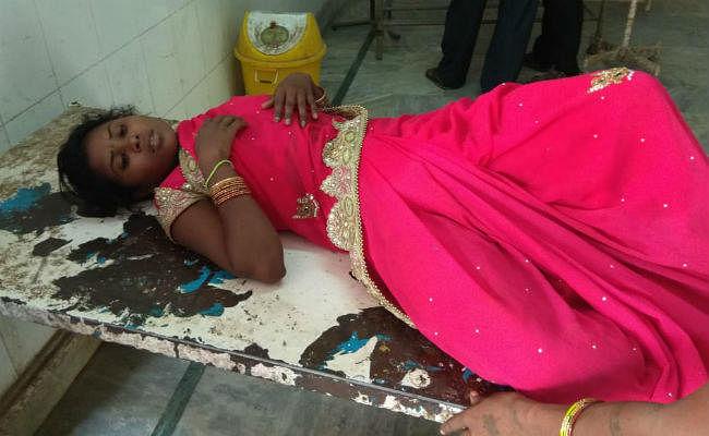 छत्तरपुर : सास, ननद और पति पर विवाहिता को जबरन जहर पिलाने का आरोप